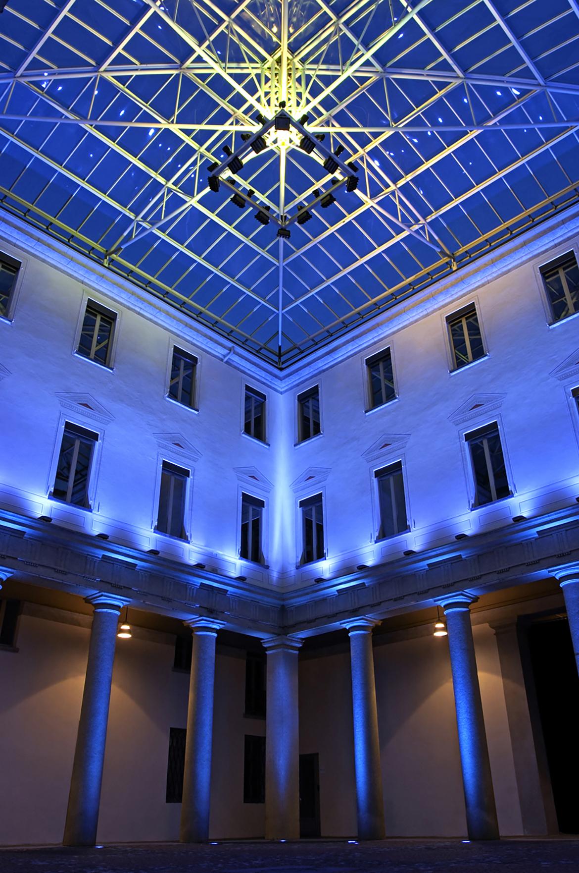 Palazzo SES interno corte